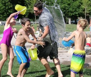 water-fight-442257__340